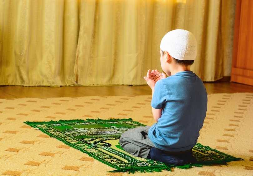 5 Du'a-Making Times To Share With Your Kids